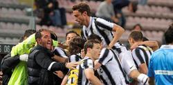La Juventus celebra su tanto ante el Cagliari. | EFE