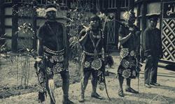 Habitantes de Nueva Caledonia expuestos durante la Exposición Colonial de 1931.