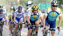Levi Leipheimer y Lance Arsmtrong, juntos en el Astana.   EFE