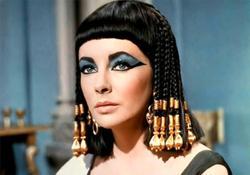 Elizabeth Taylor, en Cleopatra