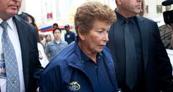 Lois Goodman, siendo detenida. | odt.com