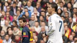 Messi y Cristiano, durante el último clásico entre Real Madrid y Barça en el Santiago Bernabéu. | Cordon Press/Archivo