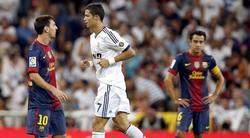 Leo Messi y Cristiano Ronaldo, durante un clásico de la pasada temporada en el Bernabéu. | Cordon Press