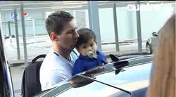 Messi con su hijo | Imagen de TV