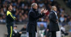 Mourinho, durante el partido en el Etihad Stadium. | Cordon Press