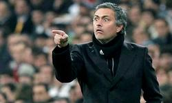 José Mourinho, durante un partido con el Real Madrid.   Archivo