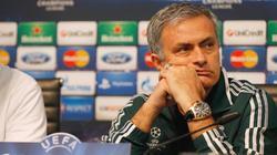 José Mourinho, en rueda de prensa en el Etihad Stadium de Manchester.   Cordon Press