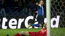 Moutinho, en el momento de marcar el único tanto del encuentro. | EFE