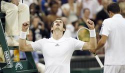 Andy Murray celebra su victoria ante Jerzy Janowicz. | EFE