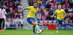Özil debuta con la camiseta del Arsenal. | EFE