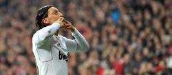Özil celebra su tanto en el Allianz. | EFE