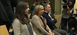 La pianista y sus padres durante el juicio. | Imagen TV