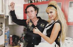 Pipi Estrada y Miriam Sánchez