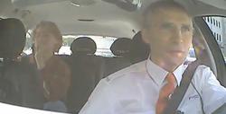 El primer ministro en el taxi | Archivo