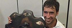 Raúl, con el título de campeón. Foto: Twitter Al Sadd