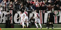 Chori Domínguez celebra el primer tanto del partido. | EFE