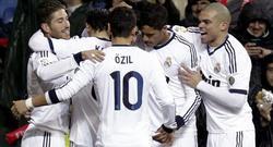 Los jugadores del Real Madrid celebran el segundo tanto de Morata. | EFE