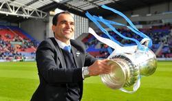Martínez, celebrando la Copa de Inglaterra. | Cordon Press