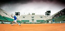 Rafa Nadal entrena en Roland Garros. | Cordon Press
