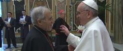 El cardenal Rouco saluda a Francisco tras su elección