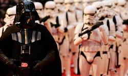 Darth Vader, junto a tropas imperiales. | Archivo