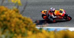 Stoner rueda en el GP de Portugal. | EFE