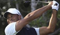 Tiger Woods, durante la segunda ronda de Abu Dabi. | EFE
