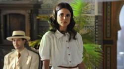 Adriana Ugarte en El tiempo entre costuras