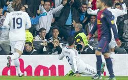 Varane celebra el tanto del empate. | EFE