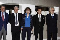 Enrique Ponce y Andrés Amorós, rodeados de amigos | Cordon Press