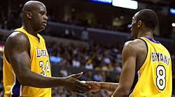 Bryant y O'Neal, durante su época juntos en los Lakers. | EFE