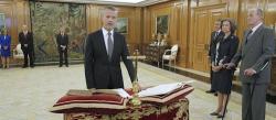 Camacho promete el cargo ante los Reyes | EFE