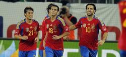 Fàbregas celebra el tanto del empate.   EFE