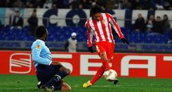 Radamel Falcao (d), marca el 1-3 contra la Lazio. | EFE