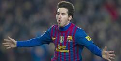 Messi celebra uno de sus goles al Valencia. | EFE