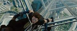 Tom Cruise en Misión Imposible 4, ya en cines