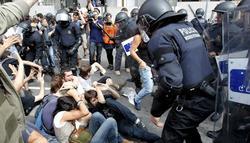 Los Mossos cargan contra los indignados | Archivo