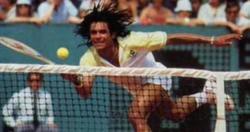 Yannick Noah, durante su época como tenista. | Archivo