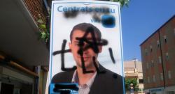 Cartel del candidato del PP en Tordena