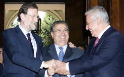 Rajoy y Arenas, con Zoido, nuevo alcalde de Sevilla   Tarek/PP
