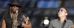 Clemons con Springsteen en un concierto del pasado junio. | Efe