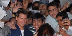 Tom Cruise, con sus 'entusiastas' fans indios. | EFE