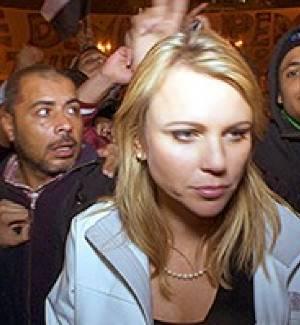 Egipto reportera es agredida sexualmente en vivo