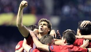 Fernando Llorente celebra el tanto que lleva al Athletic a la final. | EFE
