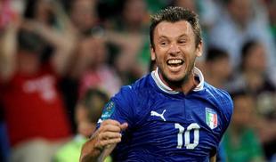 Cassano celebra su gol ante Irlanda. | EFE
