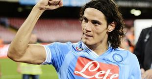 Edinson Cavani celebra un tanto con el Nápoles. | EFE