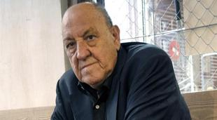 El escritor aragonés Javier Tomeo. | EFE