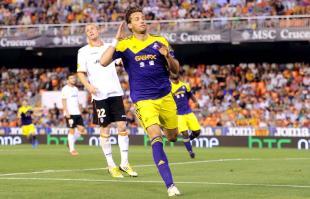 Michu celebra su gol al Valencia, el que suponía el 0-2 provisional. | Cordon Press
