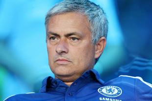 José Mourinho, en el banquillo del Chelsea. | Archivo