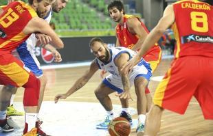 Vassilis Spanoulis, durante el partido entre España y Grecia. | EFE